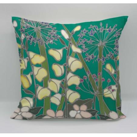 Country Garden cotton print cushion