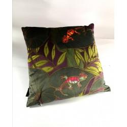 Gecko velvet print cushion